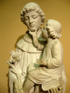 """This statue cracked me up. Baby Jesus be like, """"Listen to me, Anthony, listen to me!"""""""