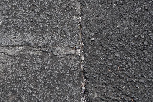 pavement-907143_640