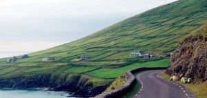 Rick-Steves-Dingle-Ireland-Dingle-Road-631